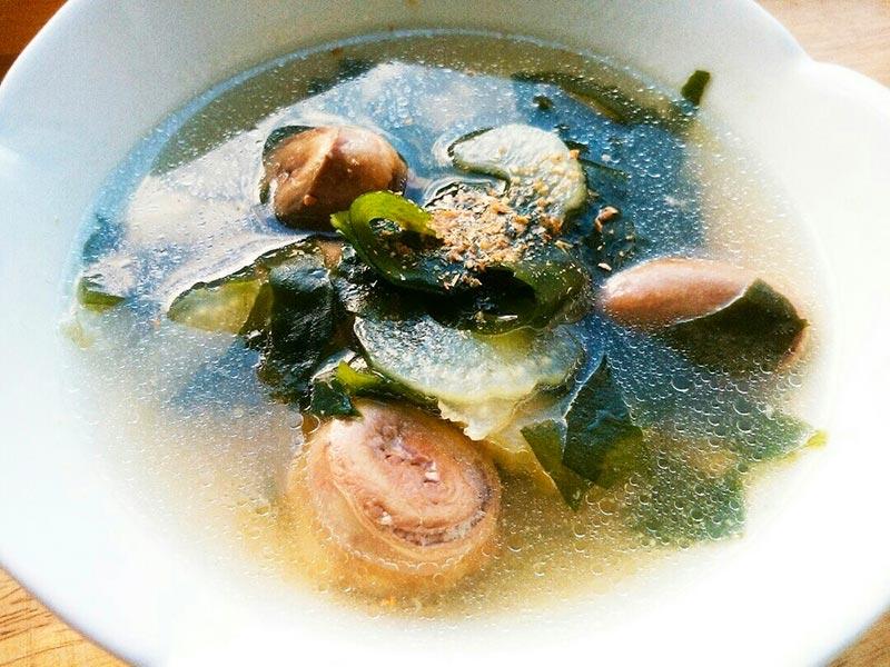犬猫レシピ「鶏ハツとセロリのスープ」