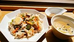 犬猫の手作りおじや、プライムライスのレシピ「おこげ風野菜の中華あんかけ&鶏スープ」