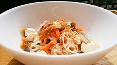 犬猫の鮭を使ったレシピ「豆腐と鮭の汁かけごはん」